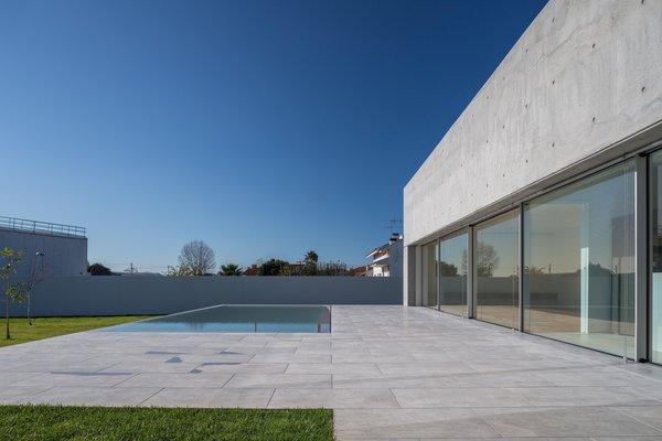 Photo 17 of House in Avanca modern home