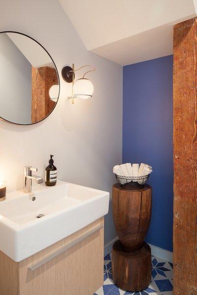 Photo 6 of The Guttman Loft modern home
