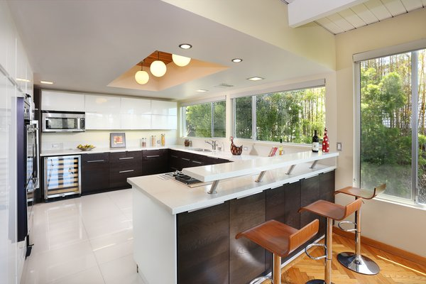 Photo 11 of The Bredda Family Modern modern home