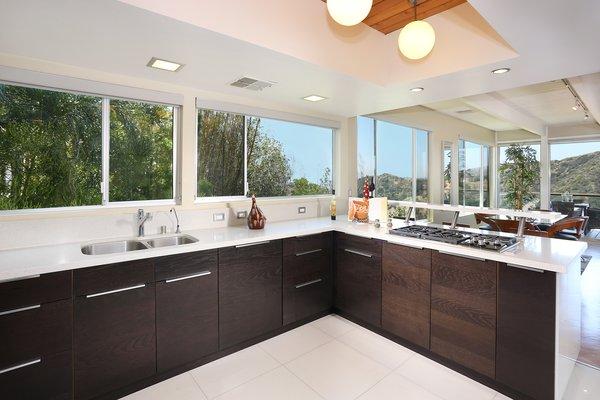 Photo 13 of The Bredda Family Modern modern home