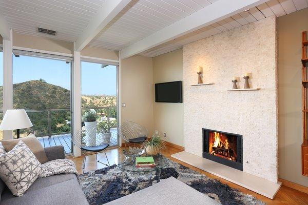 Photo 7 of The Bredda Family Modern modern home