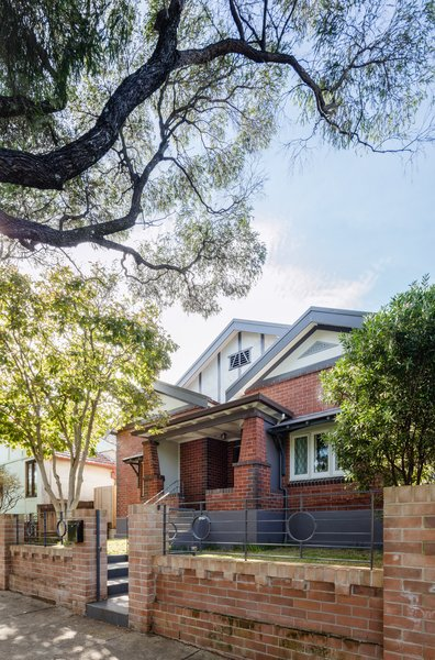 The bungalow frontage reinstates traditional detailing - contributing to the established streetscape. Photo  of Enmore House modern home
