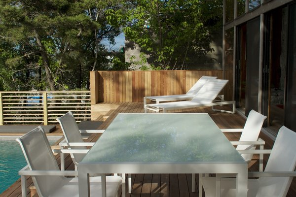 Outdoor Seating Area Photo 17 of Bay Walk Residence modern home