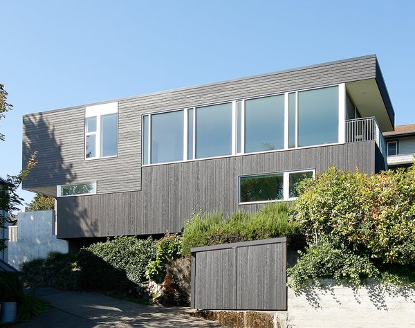 Photo  of Cantilever House modern home