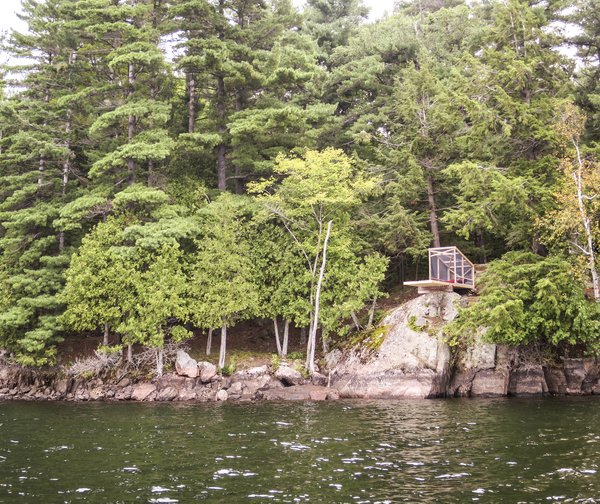 Dream/Dive Platform Encourages Playful Summer Living - Photo 4 of 5 -