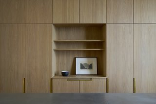 A Once-Derelict London House Restored With Modern Elegance - Photo 9 of 10 -