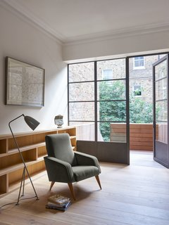 A Once-Derelict London House Restored With Modern Elegance - Photo 2 of 10 -