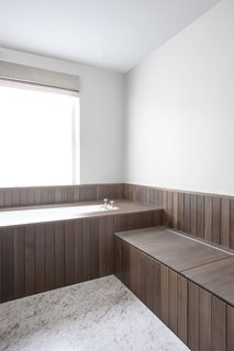A Once-Derelict London House Restored With Modern Elegance - Photo 10 of 10 -