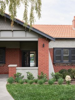 A Run-Down Melbourne Bungalow's Makeover Embraces Light and Family Life - Photo 1 of 10 -