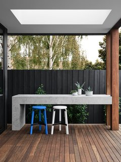 A Run-Down Melbourne Bungalow's Makeover Embraces Light and Family Life - Photo 4 of 10 -