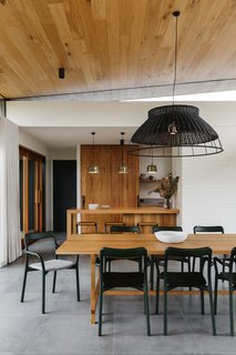 The Surrounding Countryside Inspires a Family Home in Australia's Adelaide Hills - Photo 3 of 10 -