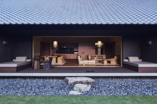 A Sleek Resort in a Japanese National Park Reinterprets Tradition