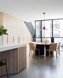 Soak In the Greatness of This Gorgeous Melbourne Addition - Photo 4 of 11 -