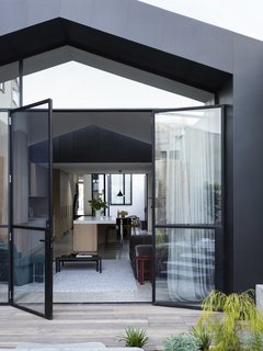 Soak In the Greatness of This Gorgeous Melbourne Addition - Photo 8 of 11 -