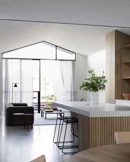 Soak In the Greatness of This Gorgeous Melbourne Addition - Photo 7 of 11 -