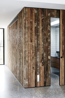 Recycled Wood Stars in an Ogle-Worthy Renovation in Australia - Photo 5 of 9 -