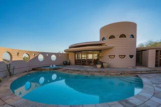 The Last House Designed by Frank Lloyd Wright Hits the Market at $3.25M - Photo 11 of 14 -