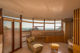 The Last House Designed by Frank Lloyd Wright Hits the Market at $3.25M - Photo 13 of 14 -
