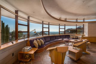 The Last House Designed by Frank Lloyd Wright Hits the Market at $3.25M - Photo 4 of 14 -