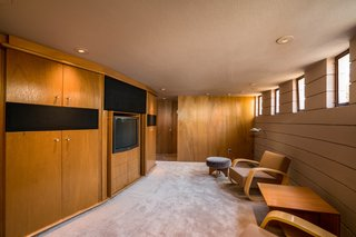 The Last House Designed by Frank Lloyd Wright Hits the Market at $3.25M - Photo 7 of 14 -