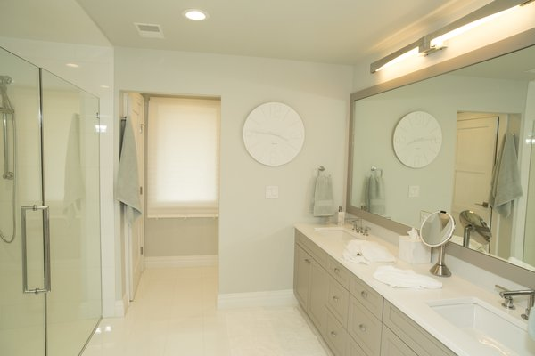 Master bath for the masters! Photo 6 of The R.D. House modern home