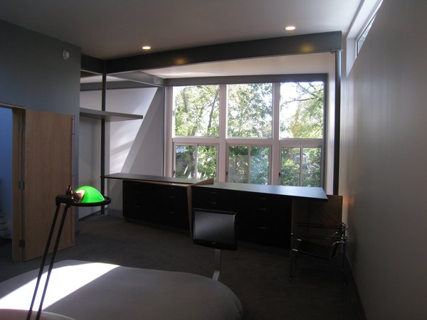looking S from the MBR bed: dressers form rail, window wall beyond. Photo 15 of metalHOUSE(2) modern home