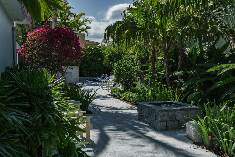 Rio Vista Residence by Cadence Landscape Architects