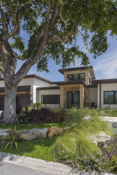 Photo 6 of Sunrise Key Residence modern home