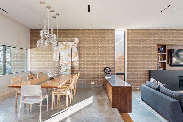 Photo 4 of Tangley modern home
