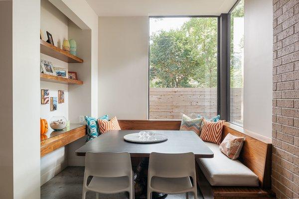Photo 8 of Tangley modern home
