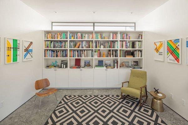 Flex Room Photo 13 of Pavilion Haus modern home