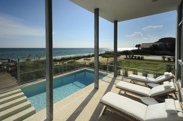 Photo 3 of Viridian Seagrove Residence modern home