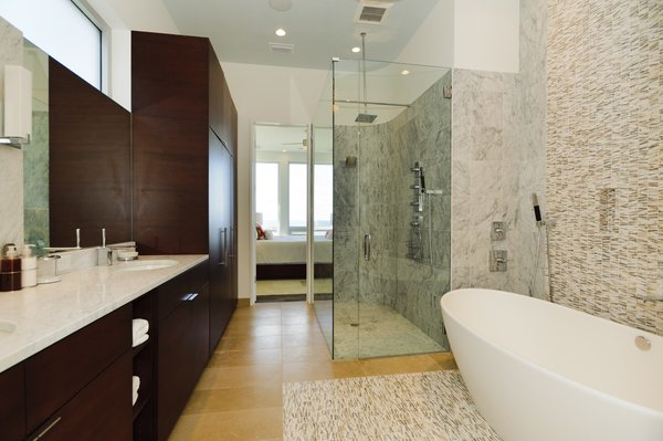 Photo 6 of Viridian Seagrove Residence modern home