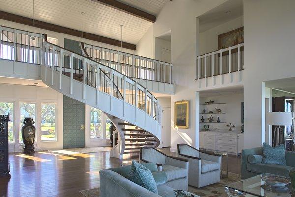 Photo 13 of Destin Residence modern home