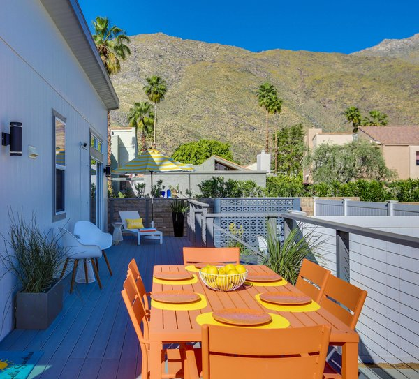 Deck - Palm Canyon Mobile Club Photo 20 of Tiny Homes in Palm Springs modern home