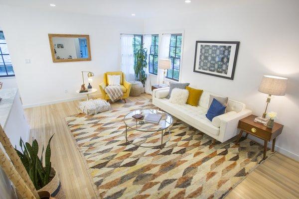 Photo 3 of Silverlake on Riverside Terrace modern home