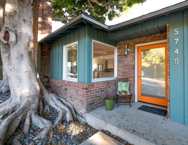 Photo 6 of The Oaks on Spring Oak modern home