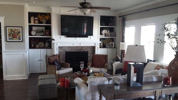 Modern home with living room. Family Room Photo 4 of Lefler House