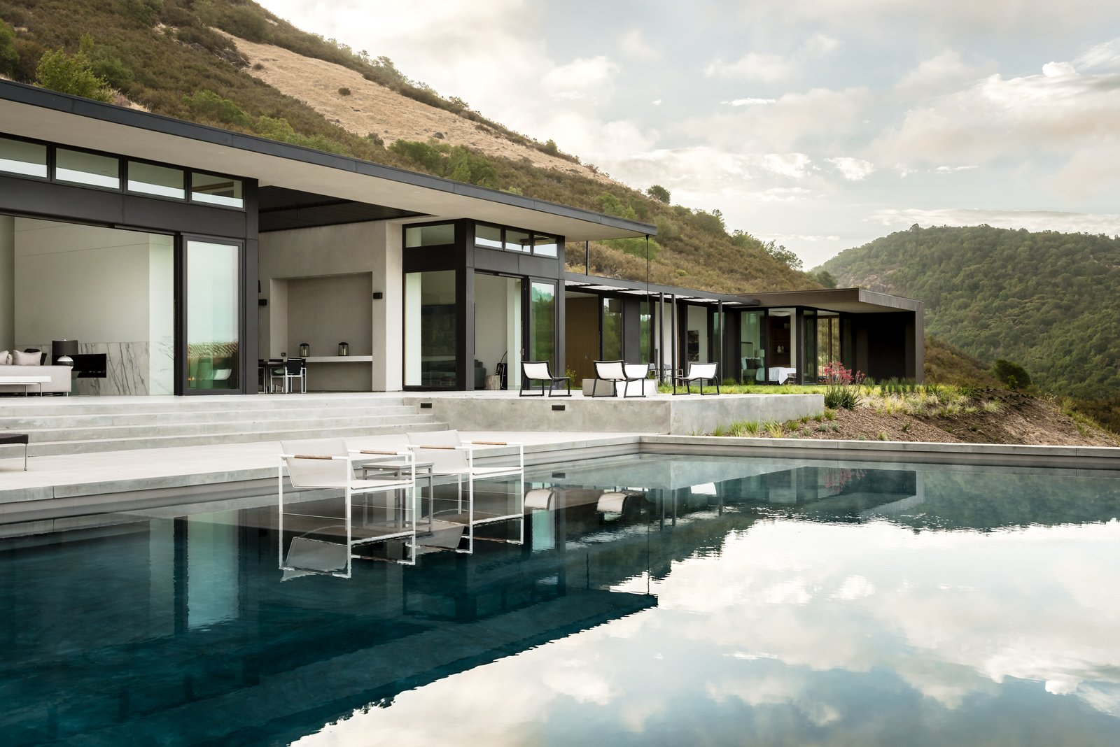 Tagged: Outdoor, Back Yard, Slope, Grass, Large Pools, Tubs, Shower, Infinity Pools, Tubs, Shower, Concrete Pools, Tubs, Shower, Swimming Pools, Tubs, Shower, Large Patio, Porch, Deck, and Concrete Patio, Porch, Deck.  Silverado by John Maniscalco Architecture
