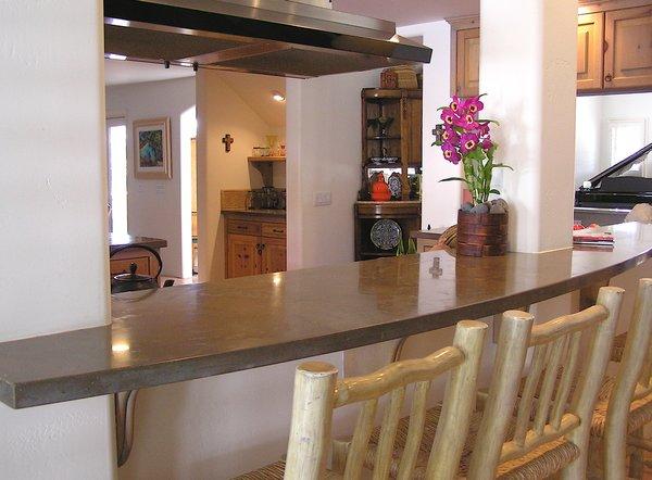 Modern home with kitchen. Photo 6 of Avenida de los Alamos