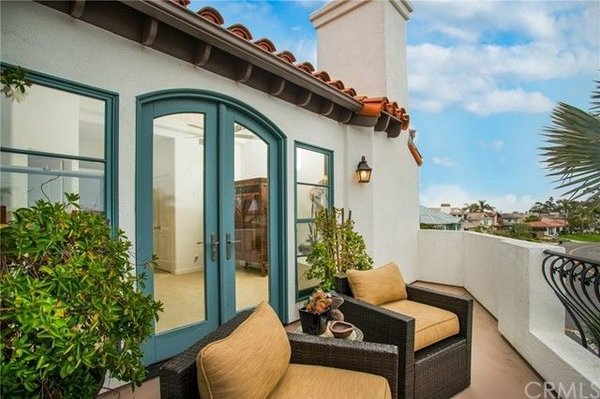 Modern home with outdoor. Photo 7 of Avenida de los Alamos
