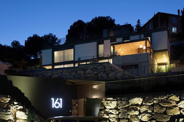 Modern home with outdoor. casa at night Photo 11 of Casa El Bosque