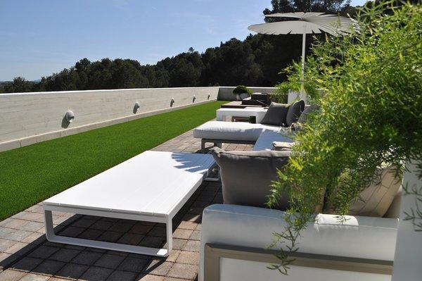 Modern home with outdoor. OUTDOOR DECK  Photo 2 of Casa Klamar