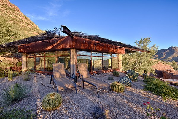 Modern home with outdoor, rooftop, hardscapes, and desert. Photo 6 of Healthy Home for Environment and Mankind