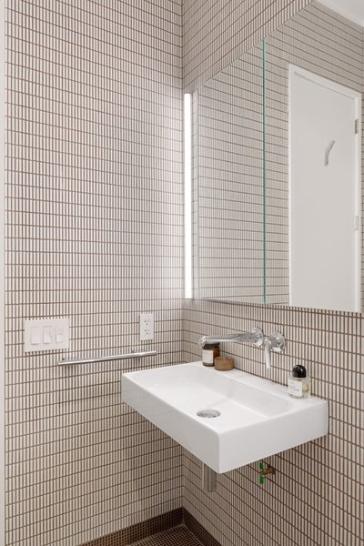 Photo 3 of Tiled kitchen and bathroom (SWEETEN project) modern home