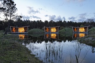 Harmonizing With Nature, These Eco-Huts Offer Respite in the Heart of France - Photo 2 of 10 -