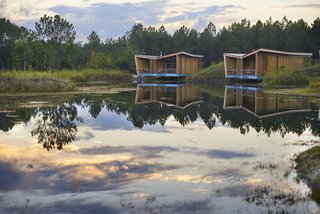 Harmonizing With Nature, These Eco-Huts Offer Respite in the Heart of France - Photo 3 of 10 -
