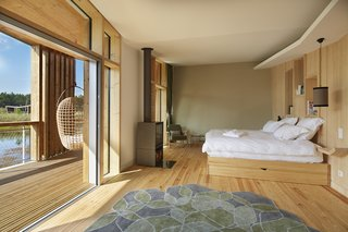 Harmonizing With Nature, These Eco-Huts Offer Respite in the Heart of France - Photo 7 of 10 -