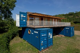A Mobile Boutique Hotel For the Modern Traveler Made From Shipping Containers - Photo 3 of 14 -