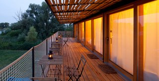 A Mobile Boutique Hotel For the Modern Traveler Made From Shipping Containers - Photo 12 of 14 -